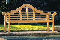 BENCHES & ACCENT PIECES